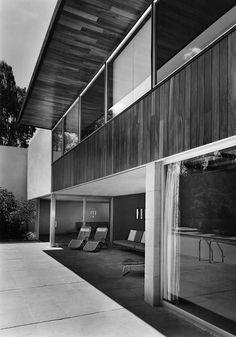 Casa En las Lomas 1958 Corregidores 940. Cuidad de México Arq. Juan Sordo Madaleno Arq. Alvaro Ysita Ortega