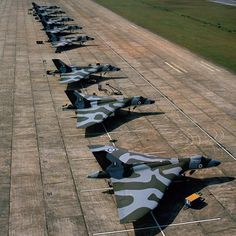 Honestly one of the most awesome Vulcan photos I have ever clapped eyes on! 101 Sqn Vulcans at Tengah, Singapore, while on detachment to Far East, Jan 1970 Military Jets, Military Aircraft, Fighter Aircraft, Fighter Jets, Vickers Valiant, Drones, V Force, Avro Vulcan, Falklands War