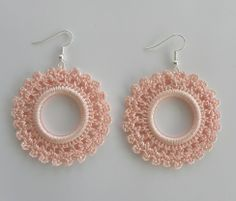 Crochet earrings - salmon colour