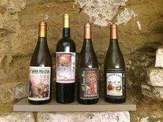 In de Musei in Grotta in Cupramontana (Le Marche) vind je een verzameling van ruim 100.000 kleurrijke wijnetiketten van over de hele wereld. Spettacolare!