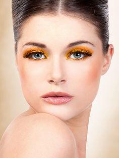 Natural Look - Black Deluxe Eyelashes 679 | Dancesport Fashion @ DanceShopper.com