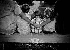 sweet family photo idea