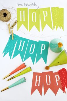 Free Printable Easter Decor via @PagingSupermom.com coordinates with #ohjoyfortarget