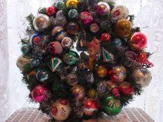 Shabby Vintage Chic Shiny Brite Glass Ornament Knee Hugger Elf Christmas Wreath | eBay