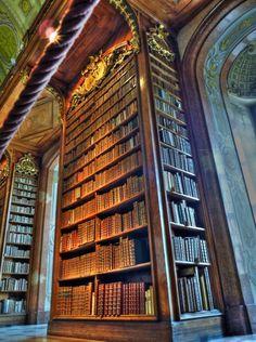 monolith des livres