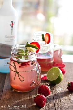 Skinny Strawberry Lime Punch {Cocktail or Alcohol-Free}   recipe on FamilyFreshCooking.com