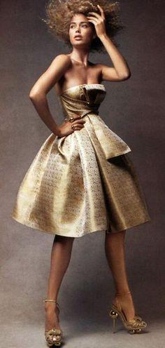 DIOR   Doutzen Kroes by Patrick Demarchelier for Vogue US Dec 2007