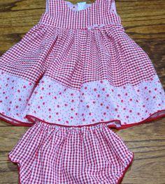 Baby Boy Dress, Little Girl Dresses, Toddler Dress, Girls Dresses, Kids Outfits Girls, Girl Outfits, Toddler Fashion, Kids Fashion, Baby Dress Design