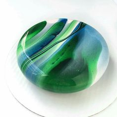 Entremet  This is amazing, it looks just like glass! But its CAKE