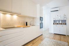 Sweet Romántico Kitchen Island, Kitchen Cabinets, Home Decor, Home Kitchens, Island Kitchen, Decoration Home, Room Decor, Cabinets, Home Interior Design