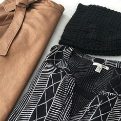 The copper wrap skirt from @zophiaonline is the perfect way to spice up your outfit