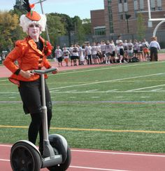 Newton North High School in Massachusetts celebrated their own version of the Hunger Games. The event consisted of 7 physical and mental challenges for their 26 tributes who represented the 13 districts of Panem. Click the picture to see more pics from the event and read the full article. So smart and creative! I'd prefer this over field day for sure.