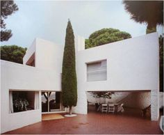 openhouse-barcelona-shop-gallery-perfect-retreat-architecture-casa-ugalde-barcelona-1953-jose-antonio-coderch 10