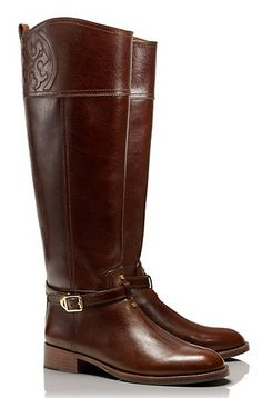 the perfect 'pumpkin patch' boots http://rstyle.me/n/dhzqin2bn