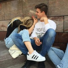 5 Signs a Relationship Just Isn't For You - Couple Goals Relationship Goals Pictures, Serious Relationship, Cute Relationships, Couple Relationship, Healthy Relationships, Boyfriend Goals Teenagers, Future Boyfriend, Boyfriend Girlfriend Pictures, Teen Boyfriend