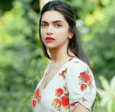 """""""Vaani you are still a kid, you wouldn't understand the level of complication between the two of us"""" Indian Celebrities, Bollywood Celebrities, Bollywood Actress, Indian Film Actress, Indian Actresses, Deeps, Dipika Padukone, Deepika Padukone Style, Priyanka Chopra"""
