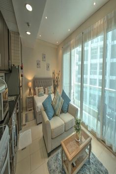 Located just a walk from The Walk at JBR, Studio Apartment in Jumeirah Beach Residence by Deluxe Holiday Homes provides accommodations in Dubai. Hotel Apartment, Studio Apartment, Apartments, Outdoor Swimming Pool, Swimming Pools, Dubai Hotel, Dubai Uae, Spa Center, Flat Rent