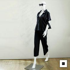 En MEV extendimos nuestro Black Friday hasta hoya a las 8:00pm. Descuentos del 15% al 25% en prendas y accesorios. ¡Te esperamos! #BlackFriday #fashion #style #moda #design