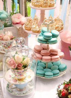 Gorgeous Alice in Wonderland theme