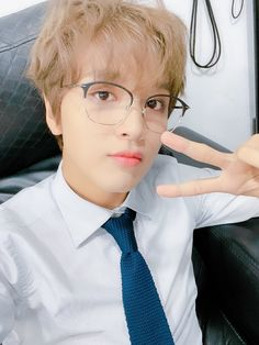 Nct 127, Tousled Hair, Mr President, Jisung Nct, Twitter Update, Winwin, K Idols, Taeyong, Jaehyun
