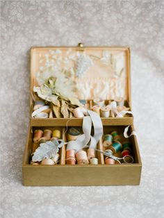vintage sewing accessoires @Twigs & Honey and @Elizabeth Messina