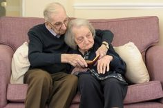 """Jack says, """"I often take the diaries of our time caravanning and show her the pictures, she enjoys that. Whenever I turn up to see her she stretches her arms out to hug me — she is very affectionate — despite being so unwell.""""   Adorable Old Couple Is The Real-Life """"Notebook"""""""