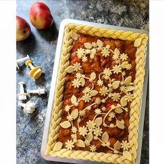 Meadow fruit pie
