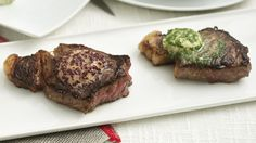 Steaks are revolutionised by rubbing in a stock cube before you cook Flavored Butter, Butter Recipe, Cheap Steak, Beef Recipes, Cooking Recipes, Marco Pierre White, Lunches And Dinners, Food Videos, Food And Drink