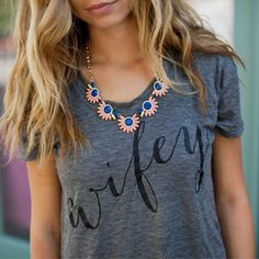 This lovely necklace just came in and it looks amazing paired with our Wifey Tee! {Necklace link in Bio} #newarrival