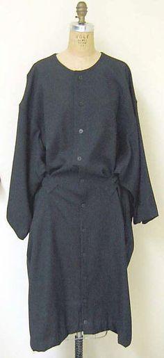 Coat  Yohji Yamamoto (Japanese, born 1943)  Date: ca. 1989 Culture: Japanese Medium: wool, plastic