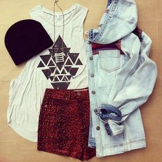 Cute Teenage Outfits--cute but I'm not a fan of high-wasted shorts, not very flattering.