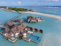 Overwater bungalows and villas in maldives . Things You Need To Know About Overwater Bungalows And Villas for everybudget . Maldives Water Villa, Maldives Beach, Maldives Resort, Maldives Trip, Maldives Bungalow, Bungalow Hotel, Underwater Hotel Room, Underwater Restaurant, Top 10 Hotels