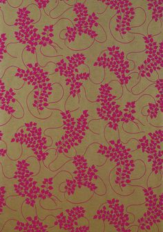 Spring #wallpaper in #pink on #metallic #gold from the Avalon collection. #Thibaut