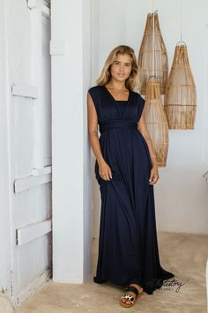 Whitestory & Friends own wrap dress in dark-blue w/ separate top. Perfect as a bridesmaid dress. Shipping worldwide Bridesmaid Dresses, Wedding Dresses, Body Shapes, Different Styles, Style Guides, Dark Blue, Wrap Dress, Friends, Classic