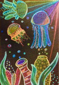 The Lost Sock : Jelly Fish - Collaborative - Kunstunterricht Kratz Kunst, Desenhos Van Gogh, Jellyfish Art, Earth Day Crafts, Underwater Art, Sidewalk Chalk Art, 4th Grade Art, Scratch Art, School Art Projects