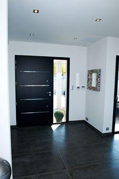 Porte d'entrée aluminium Cotim 11 par Zilten - New Deko Sites Modern Entrance Door, Modern Exterior Doors, Modern Front Door, Front Door Design, House Entrance, Entry Doors, House Doors, Home Deco, Home Interior Design
