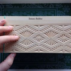 Résultat d'images pour chip carving patterns Wood Carving Designs, Wood Carving Patterns, Wood Crafts, Diy And Crafts, Carved Wood Signs, Chip Carving, Chip And Dale, Craft Markets, Stone Carving