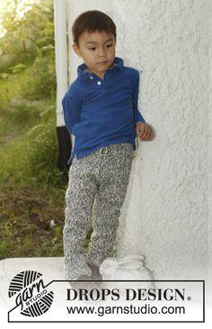 "Pantalón de punto DROPS en 1 hilo ""Big Fabel"" o 2 hilos ""Fabel"". Talla: 3 – 12 años. ~ DROPS Design"