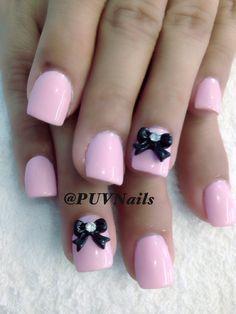 Pink gel w bows