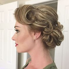 curly+updo+for+short+hair