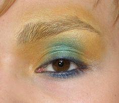 Smilekylee: Effie Trinket Makeup Tutorial