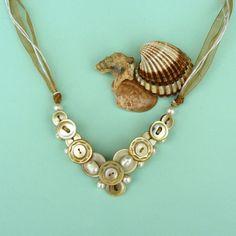 Perleťový náhrdelník zlatavá nostalgie