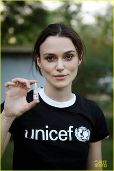 Keira Knightley holds a polio vaccine during the UNICEF-supported polio vaccination campaign, which aimed to reach over two million children across Chad.