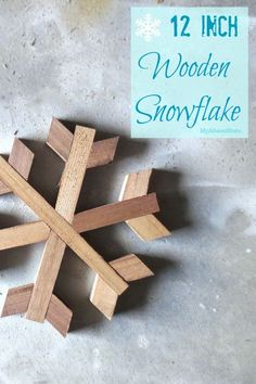 I& not always in the mood for a ginormous snowflake, I like medium-sized things too. When I wanted to scale down the size of my original wooden snowflake plans, I felt like I needed to… Scrap Wood Projects, Woodworking Projects, Craft Projects, Pallet Projects, Woodworking School, Woodworking Plans, Rustic Christmas, Christmas Crafts, Christmas Decorations