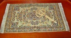 Teppich beige gemustert + Teppichklopfer für Puppenhaus Puppenstube