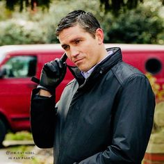 "@jim.caviezel_ auf Instagram: "" Person of Interest Character: John Reese Season 1 #jimcaviezel #johnreese…"""