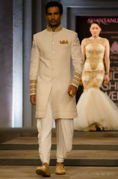 Indian Wedding Dresses By Shantanu And Nikhil At Indian Bridal Fashion Week 2013 006 - Globalemag Groom Wedding Dress, Wedding Attire, Wedding Suits, Trendy Wedding, Summer Wedding, Wedding Vows, Wedding Men, Bride Groom, Wedding Events