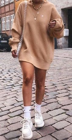 45 Stunning Fall Outfits You Need to Shop Now / 44 Fall Outfits to Shop Now Vol. Page 3150 Fall Outfits to Shop Now Vol. Gorgeous Fall Outfits to Shop Now Vol. 20s Fashion, Autumn Fashion, Womens Fashion, Fashion Mode, Fashion Ideas, Fashion Clothes, Fashion 2018, Ladies Fashion, Fashion Trends