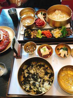 Pin on ソウル Aesthetic Food, Korean Food, Palak Paneer, Paella, Seoul, Delish, Food And Drink, Treats, Baking