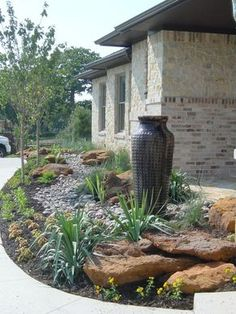 Beautiful front yard drought resistant landscape with a modern feel! California Drought / Sacramento Drought